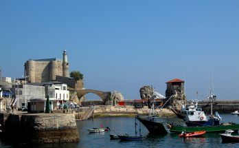 Photo of Castro Urdiales' lighthouse