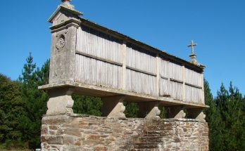 Photo of a traditional Galician granary