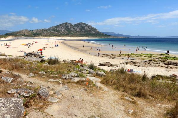 Praia de Area Maior with Monte Louro at the far end