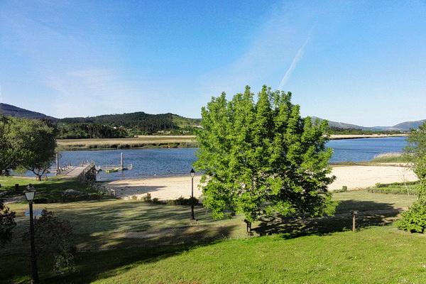 Fluvial beach in Vilarello