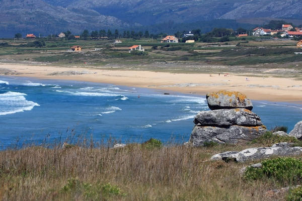Espiñeirido Beach - few minutes walk from the house