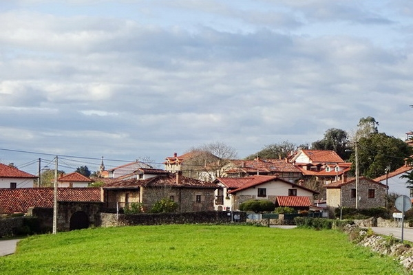 Liandres village