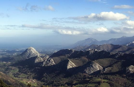 Picos view from El Fito - nearby