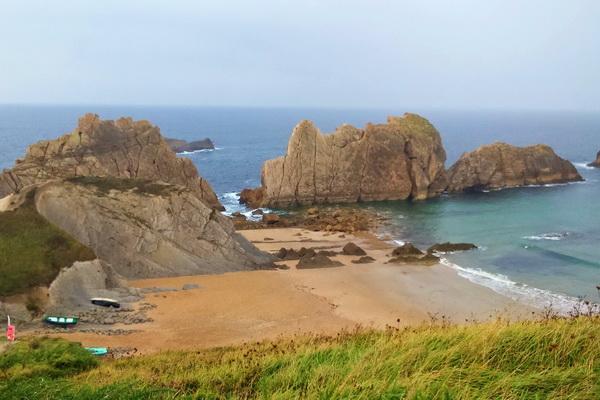 Arnia beach - 18kms