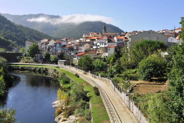 Beautiful Ribadavia, a short drive from Barcela